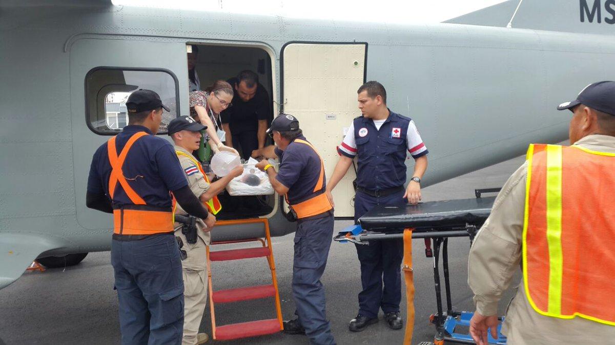 Vuelos ambulancia salvan este año a 187 personas
