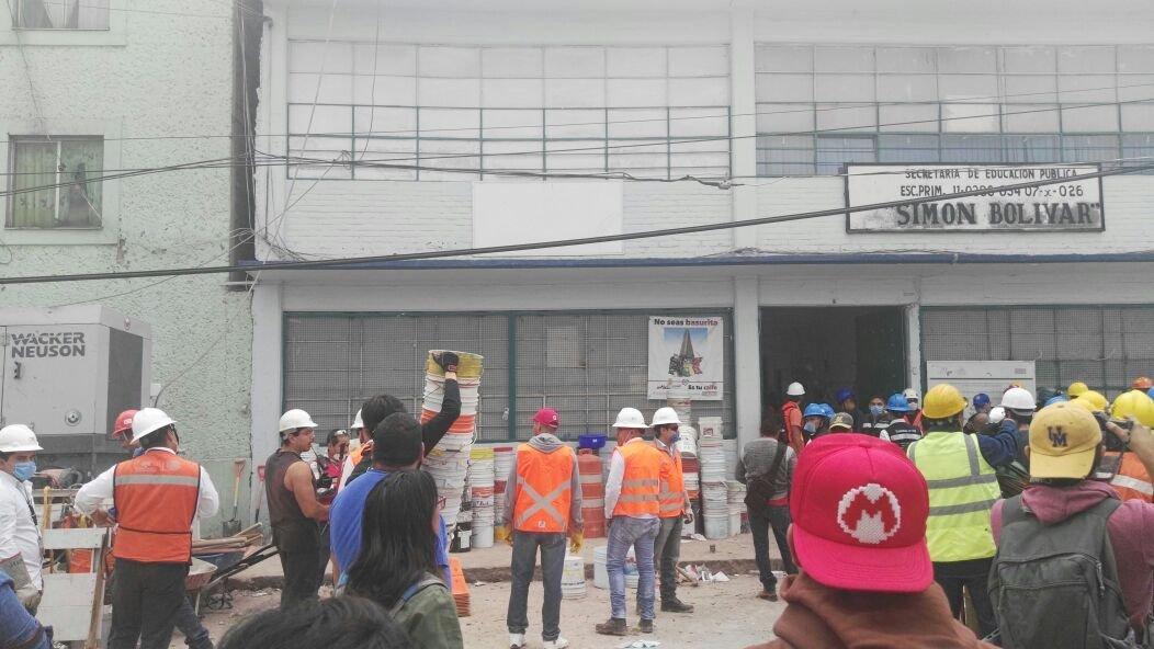 México hace frente a destrucción y dolor tras terremoto