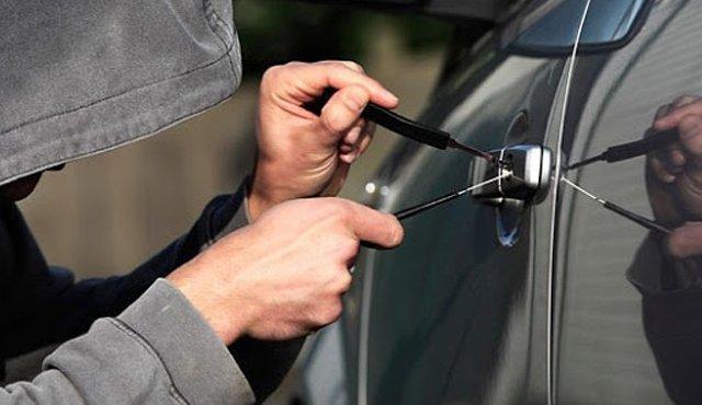 Aumentan robos de carros en el país