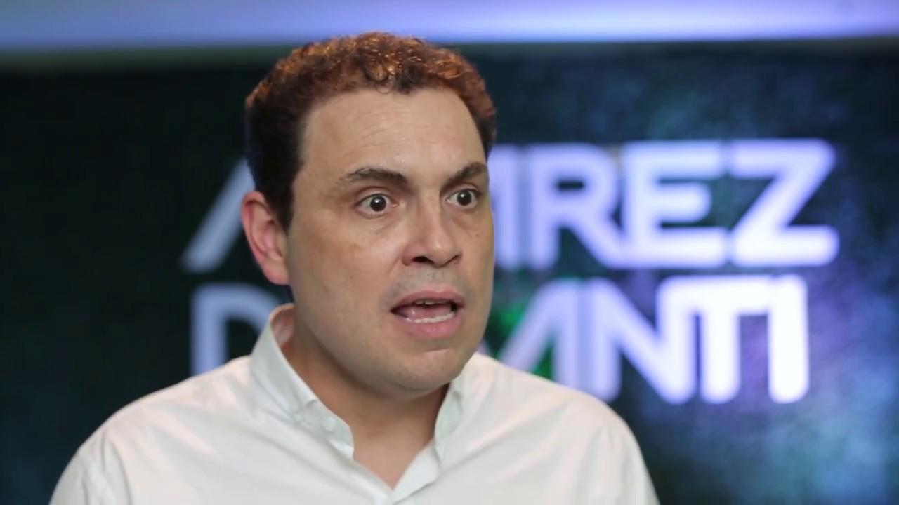 Carlos Ricardo Benavides nombradojefe debancada del PLN