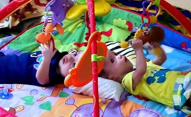Samuel y Ezequiel están fuera de cuidados intensivos