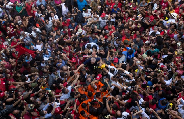 Lulase entrega a la seguridad brasileña