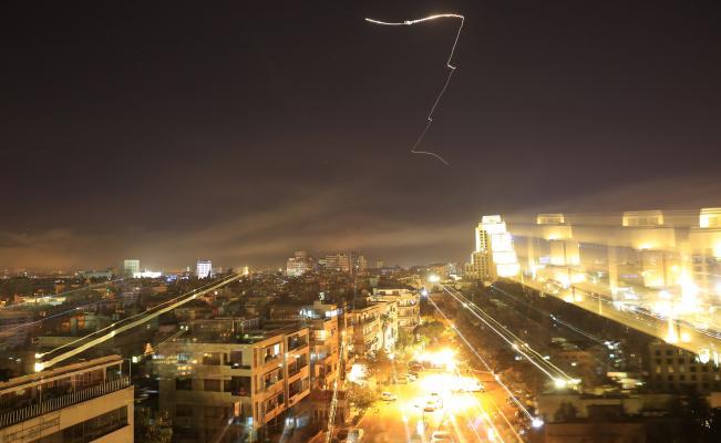 "Estados Unidos bombardeó estratégicamente Siria, para ""destruir armas químicas"""