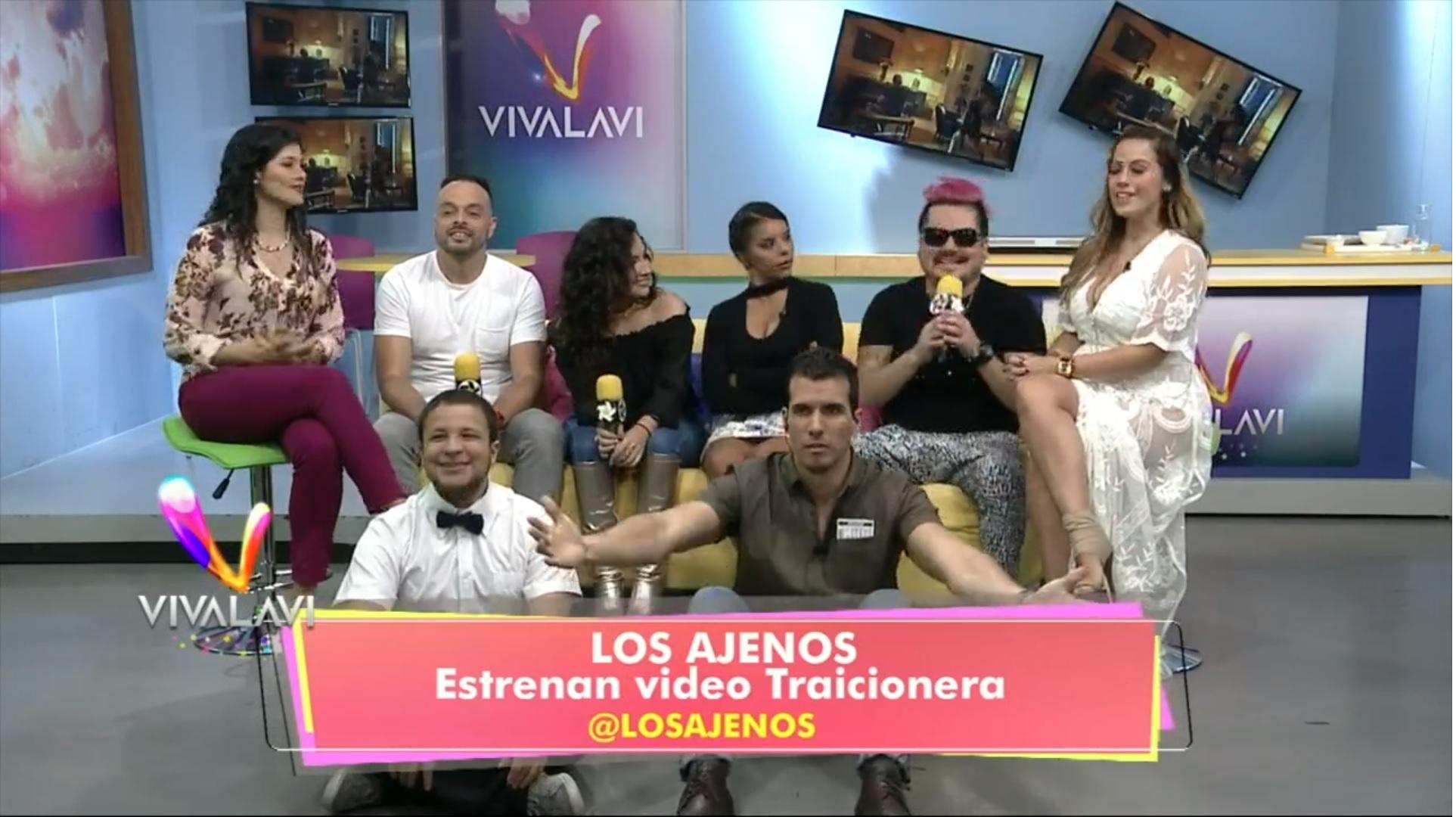 (+VIDEO) Los Ajenos trajeron'Traicionera' a Vivalavi
