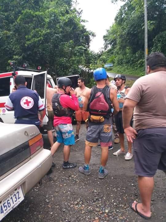 (+FOTOS) Cuatrofallecidos tras vuelco debalsaen Puntarenas