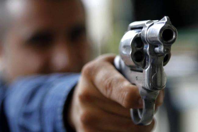 Joven resultó herida con arma de fuego luego de balacera frente a un bar