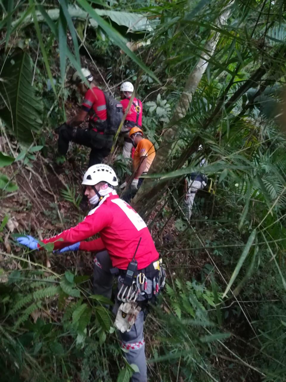 Encuentran restos óseos en lugar donde buscan a Allison Bonilla