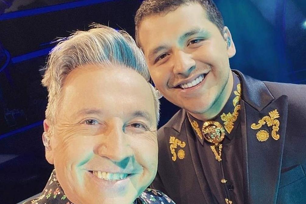 El cantautor Ricardo Montaner reveló que ayudóal cantanteChristian Nodala escoger el anillo de compromiso que le obsequió a Belinda.