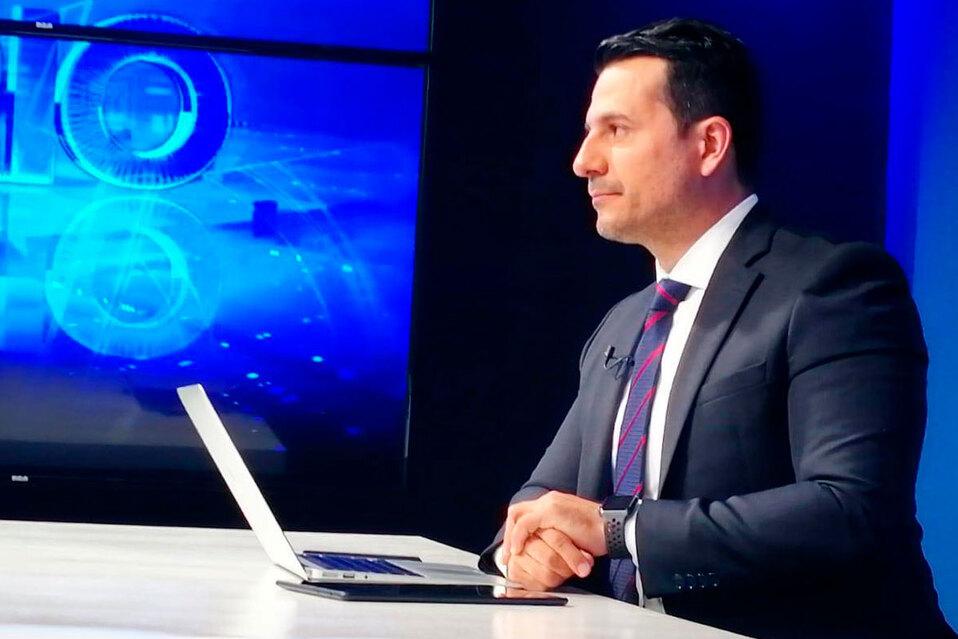 Douglas Sánchez deja la dirección de Canal 8 para asumir nuevos retos