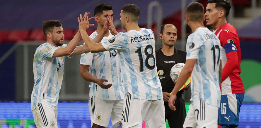 Argentina le gana 1-0 a Paraguay