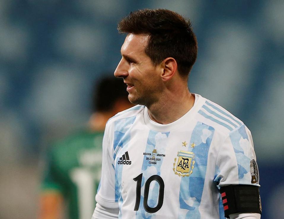 Messi se convirtió el lunes en el máximo goleador de la historia de Argentina.