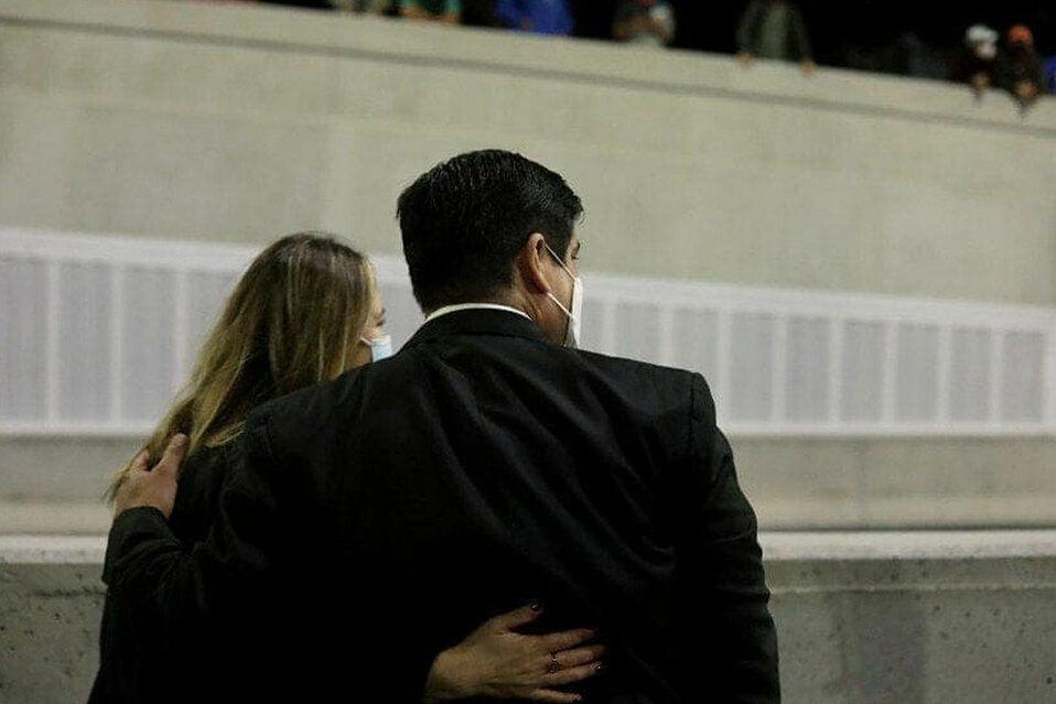 Presidente Carlos Alvarado y su esposa Claudia Dobles se vacunan contra covid-19.