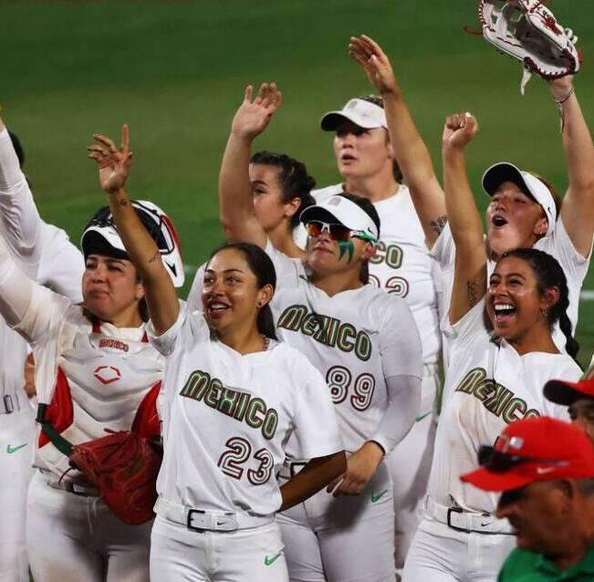 Sancionan a selección de sóftbol femenino de México por botar uniformes. (Foto: Reuters)