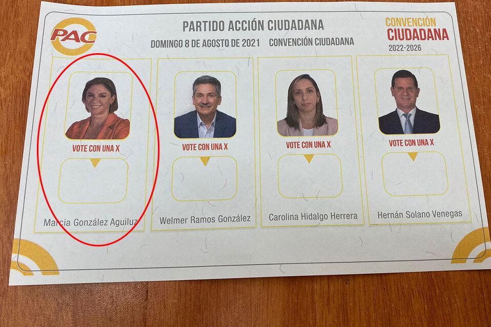 Excandidata aparece en papeletas del PAC aunque retiró postulación | FOTOS