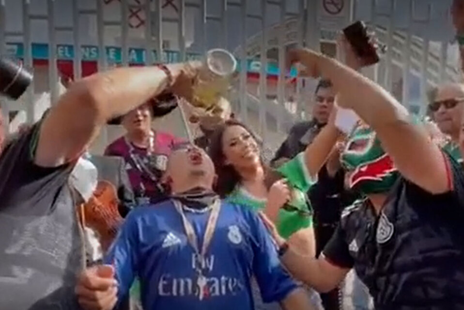 Mexicanos celebraron sin distanciamiento social.