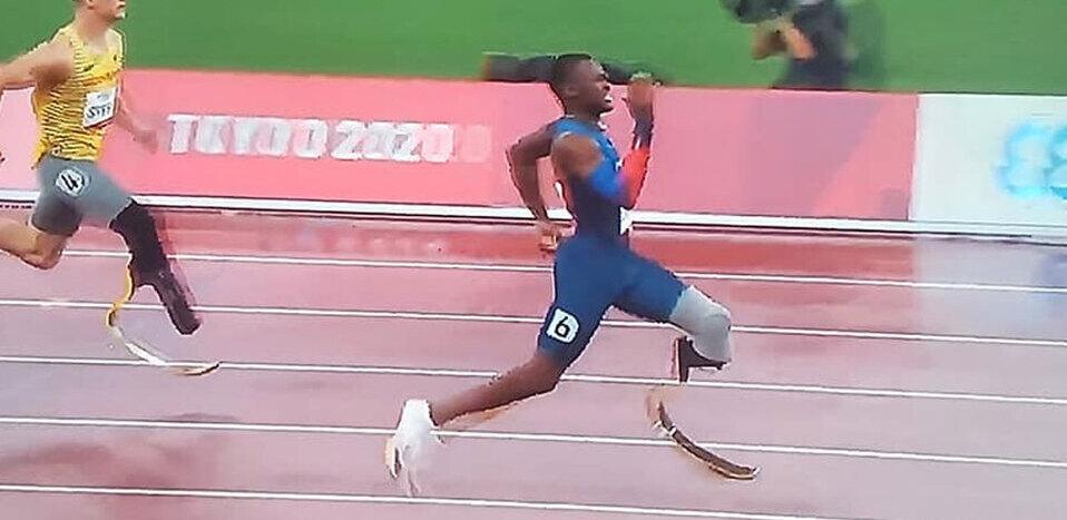 Sherman Guity recibe oro como atleta Paralimpicos en Tokio 2020