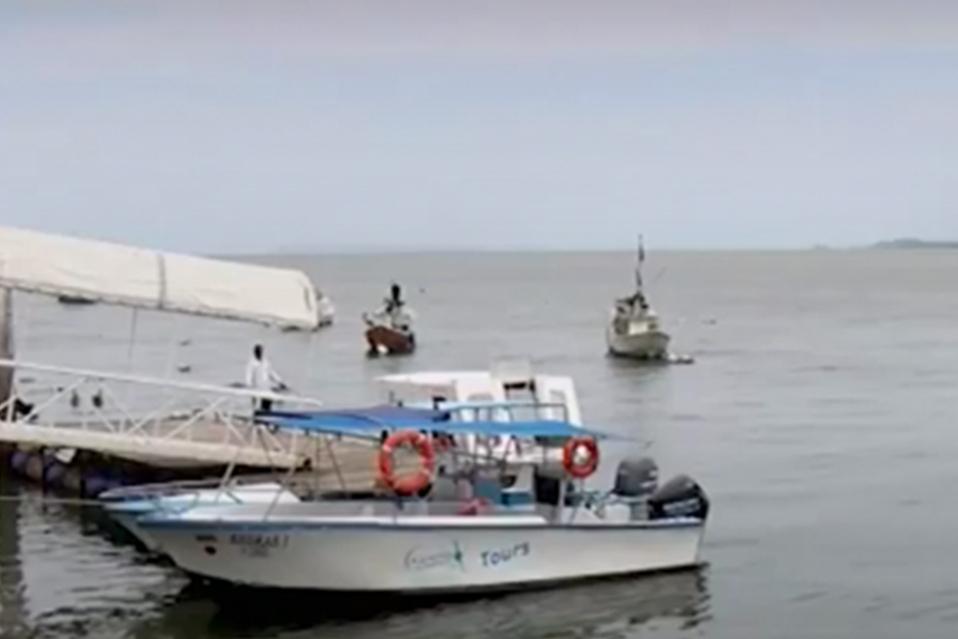 Aunque los Diputados aprobaron un préstamo por 75 millones de dolares para impulsar la pesca en el país un grupo de 15 mil pescadores lo rechaza
