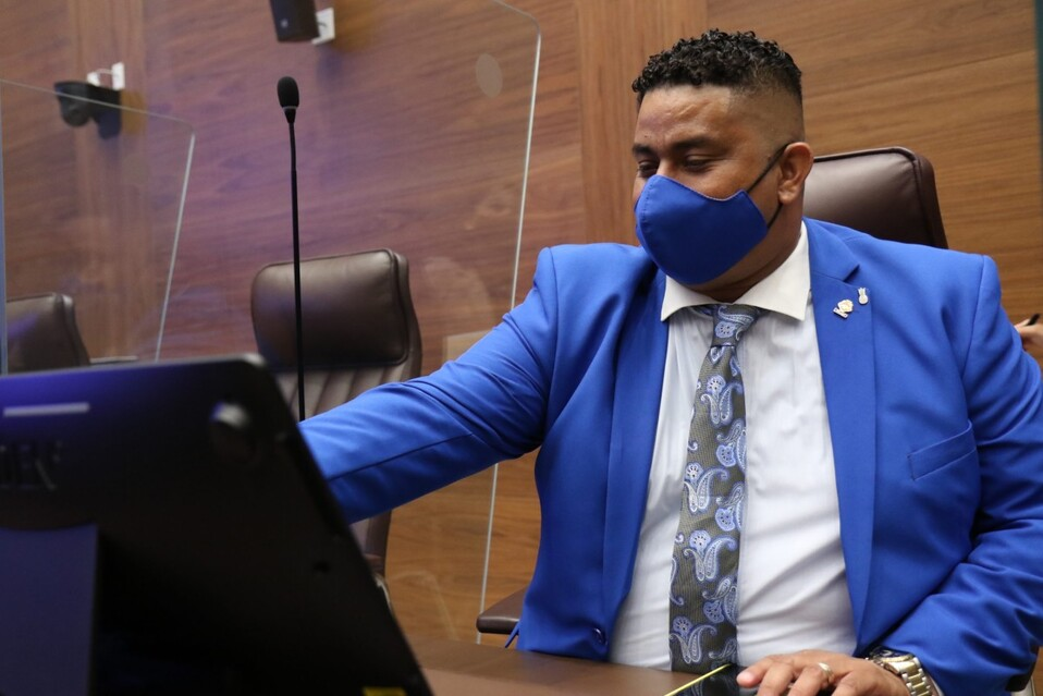 Melvin Núñez se encuentra con problemas de oxigenación