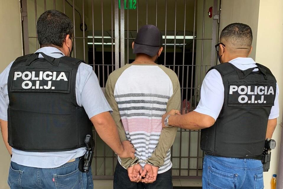 El sujeto tiene 22 años y es vecino de barrio Laureles de Limón