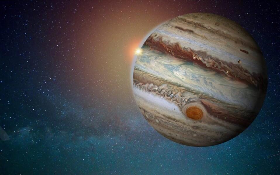 Júpiter el quinto planeta de la Vía Láctea recibió impacto por extraño elemento
