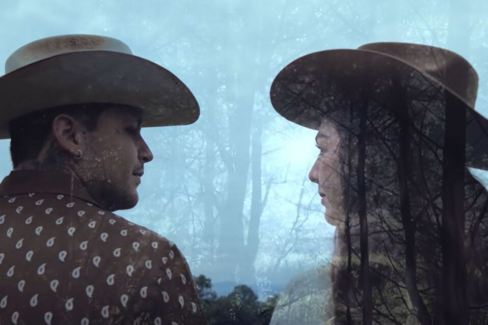 Christian Nodal estrena video dirigido por Belinda: La Sinvergüenza