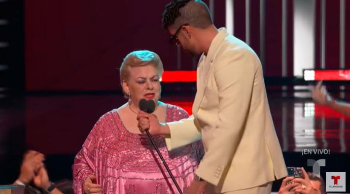 Paquita la del Barrio fue homenajeada en los Premios Billboard 2021(Fuente: Telemundo)