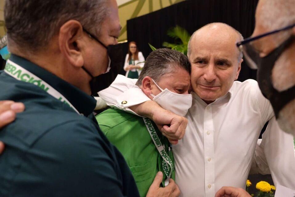 Alcalde de Desamparados junto a expresidente de Costa Rica