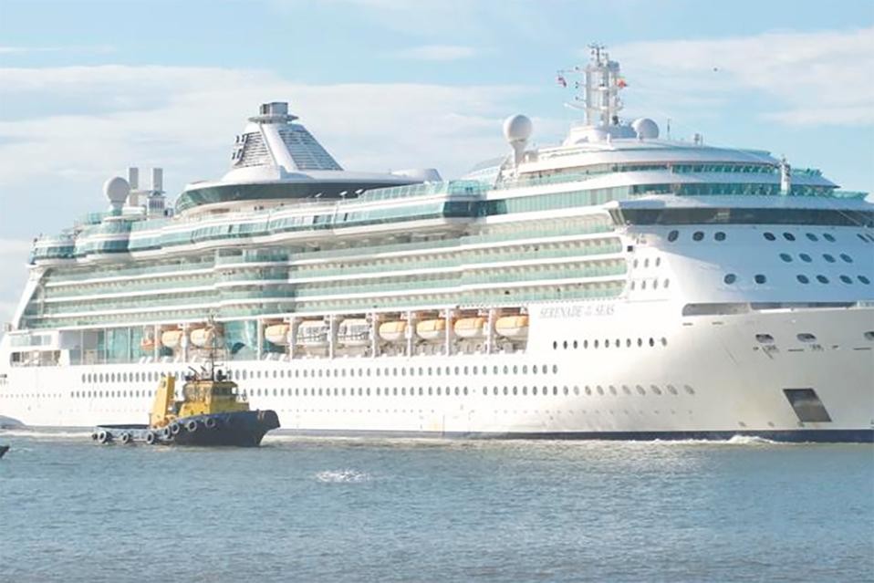 Primer gran crucero de la temporada llega a Costa Rica