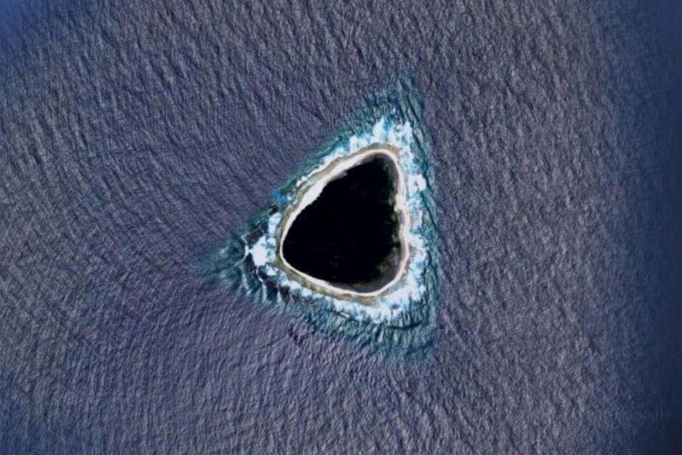 Encuentran un 'agujero negro' en medio del océano