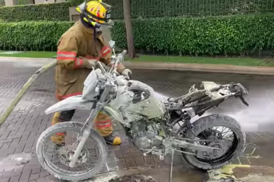 Incendio sucedió mientras realizaban entregas.
